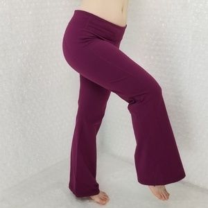Athleta petite plum midrise flare leggings